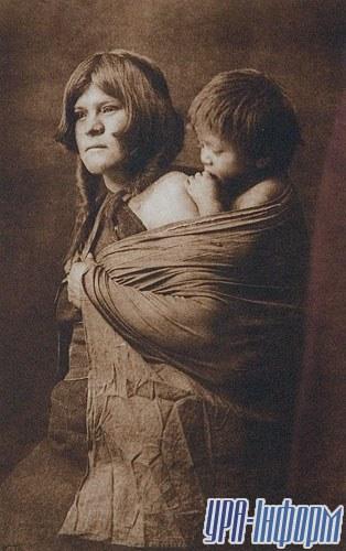 Мать из племени гопи, 1922 «Южный Запад»